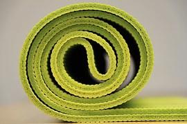 yoga-940359__180