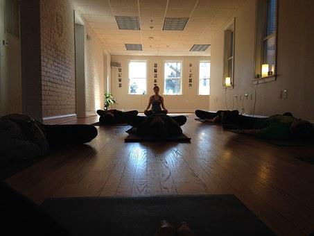 yoga-682326__340