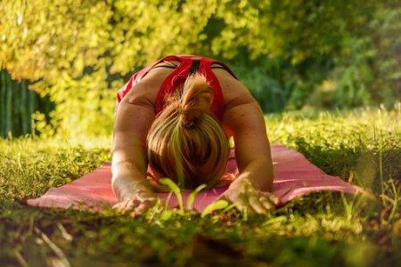 yoga-2662237__340